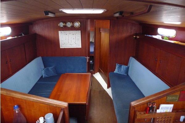 Genzel Yachtbau - Phantom 35