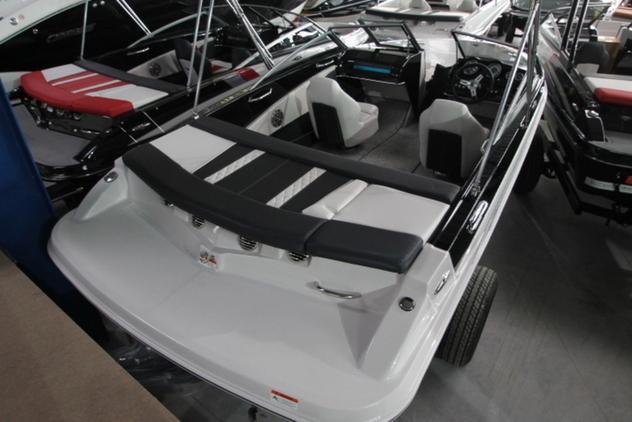 Glastron - GT 185 INKL. TRAILER