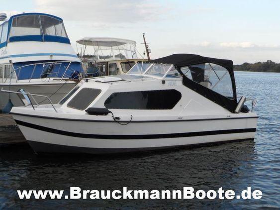 Kajütboot mit 4-takt Außenbord - Kajütboot mit 4-takt Außenbord