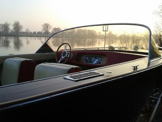 King - Sportboot/Wasserski
