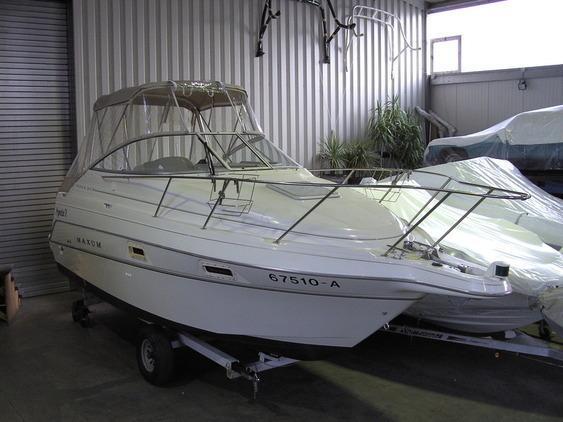 Maxum - 2400 SCR / SE