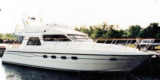 Neptunus Shipyard B.V. - Neptunus 138 Sedan Fly