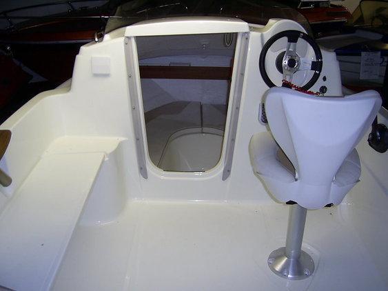 Quicksilver - ACTIV 470 CABIN