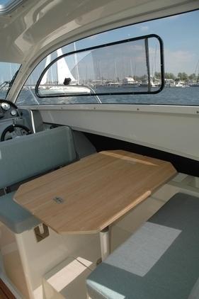 Quicksilver - Activ 705 Cruiser KOMPLETT